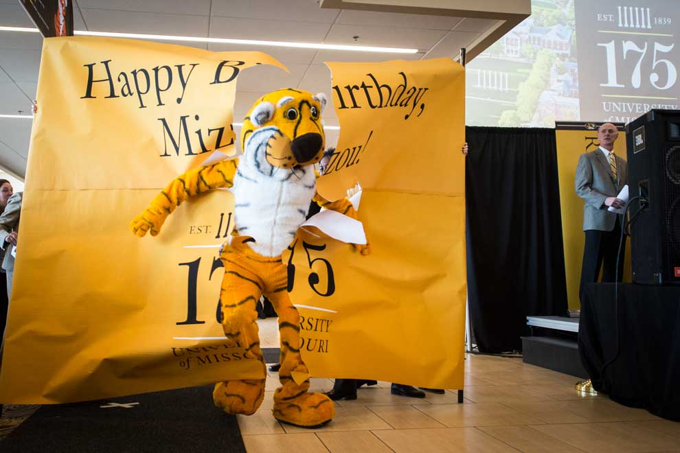 20140211_175_Anniversary_Party_Student_Center_108