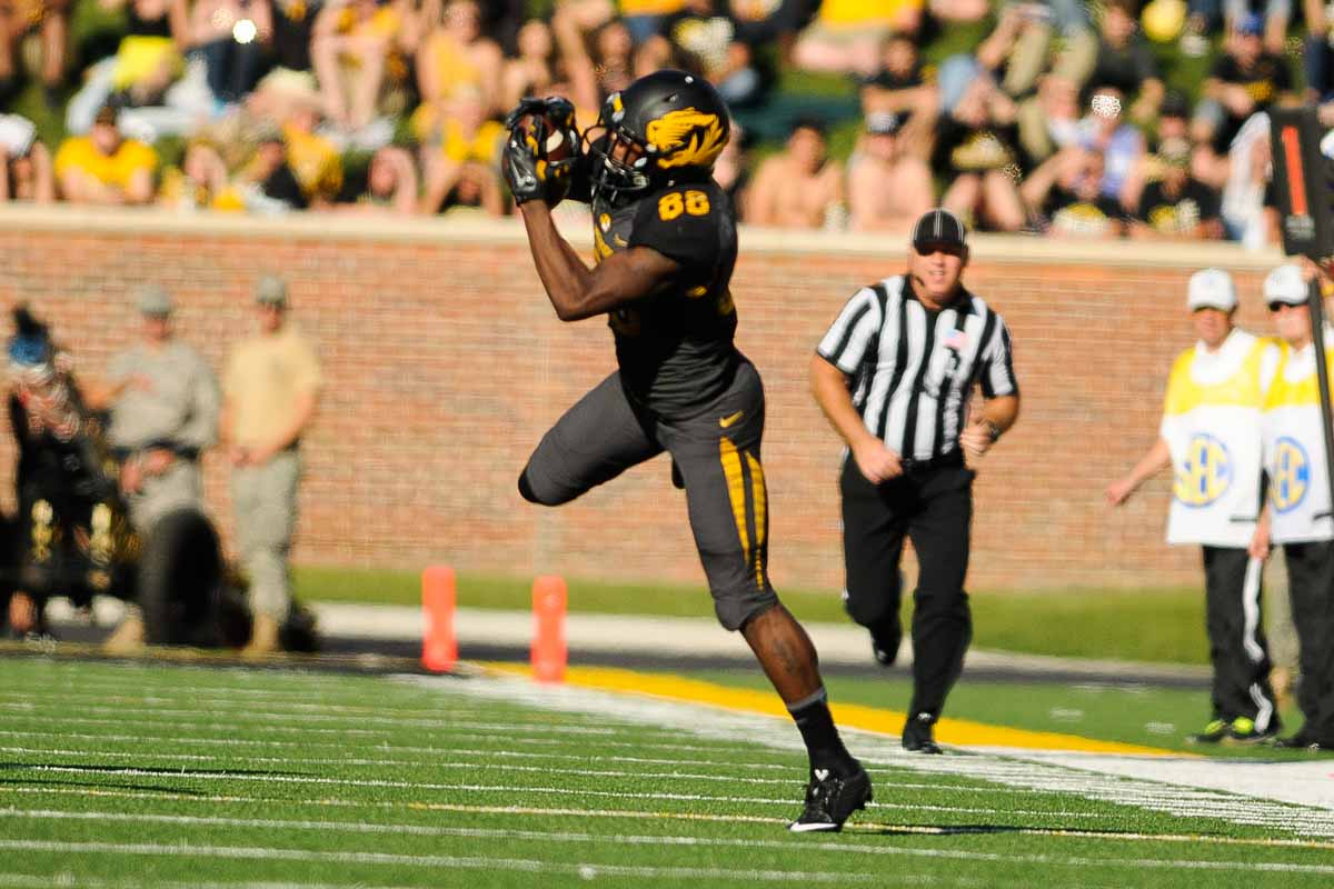 Wide receiver Jimmie Hunt completes a reception.