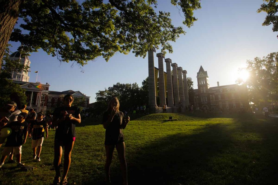 Following the mad dash through the columns students enjoy Tiger Stripe ice cream on the quad. Photo by Nic Benner.