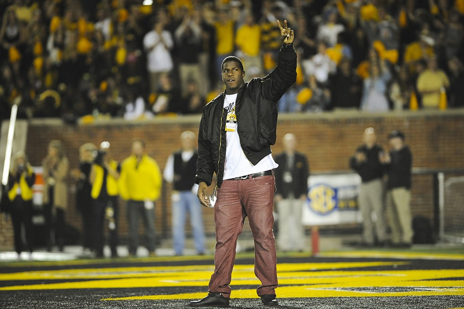 Koney Ealy waves to the crowd
