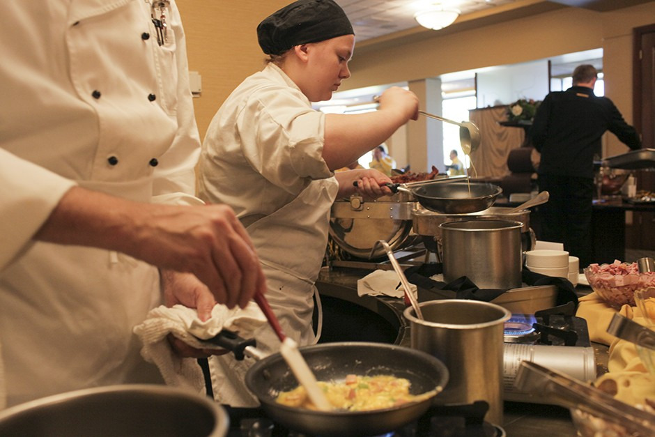 Chefs prepare omelettes at the University Club.