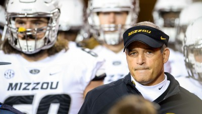Gary Pinkel with his team.