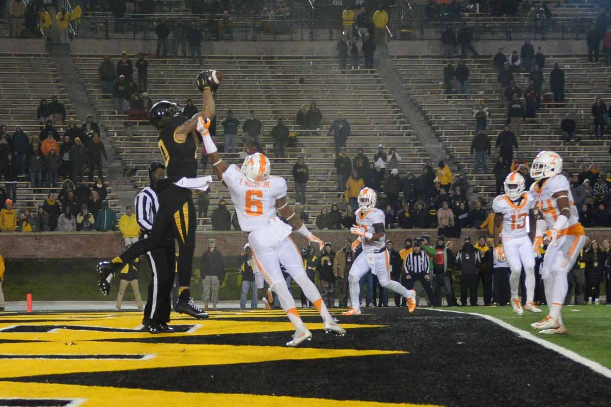 Sophomore tightend Jason Reese scores a 2-point conversion to put Mizzou on the scoreboard, 19-8, in the fourth quarter. Photo by Shane Epping.
