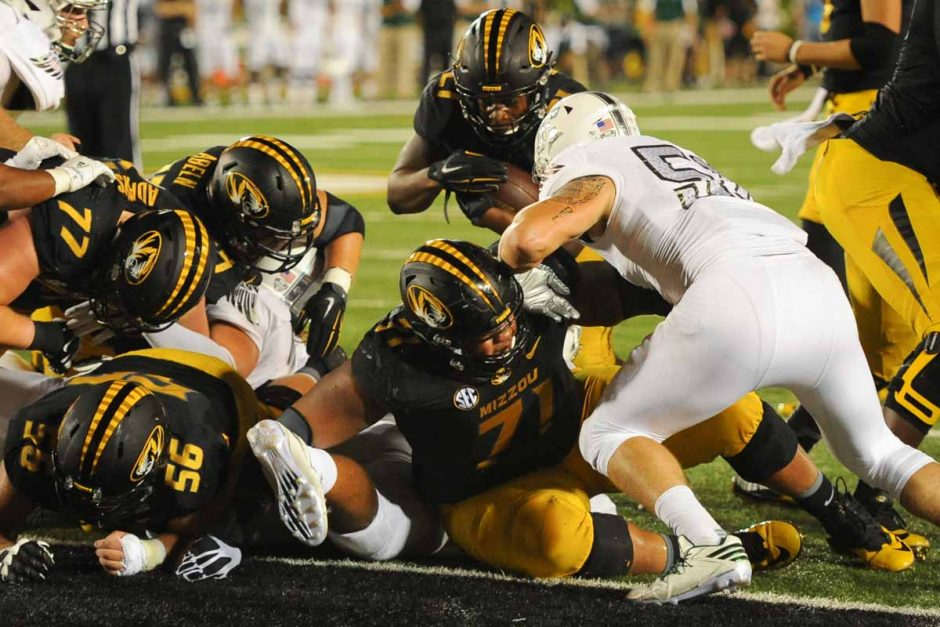 Junior running back Ish Witter rushes for a one yard touchdown in the second quarter to put Mizzou ahead 21-7.