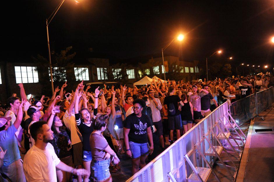 midnight-bbq-barrier
