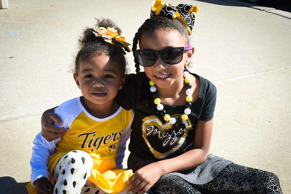 Maia and Adrianna Duncan enjoy some tailgating before attending Maia's first homecoming game. Photo by Shane Epping.