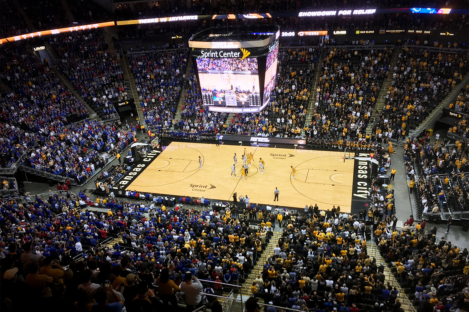 Nearly 19,000 fans of both teams filled the Sprint Center in Kansas City.