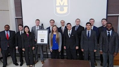 This is a picture of MU personal financial planning students who participated in the Edward Jones Portfolio Challenge