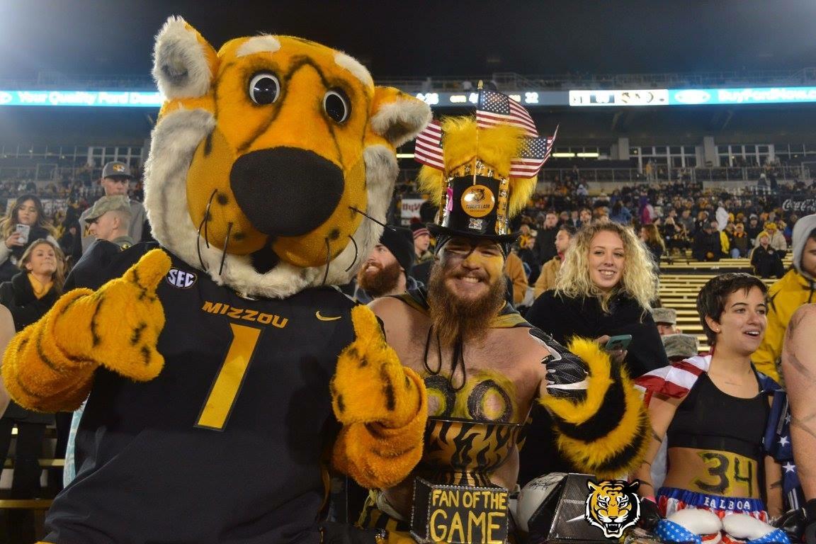 Picture of Truman the mascot with Truman the super fan.