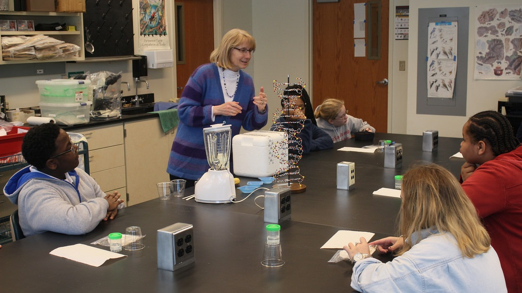 During the career day, middle school students got to participate in interactive science workshops with MU researchers.