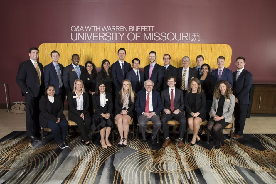 In February 2018, Bhagchandani and other MU business students were able to meet and have a discussion with CEO Warren Buffet in his hometown of Omaha, Nebraska.