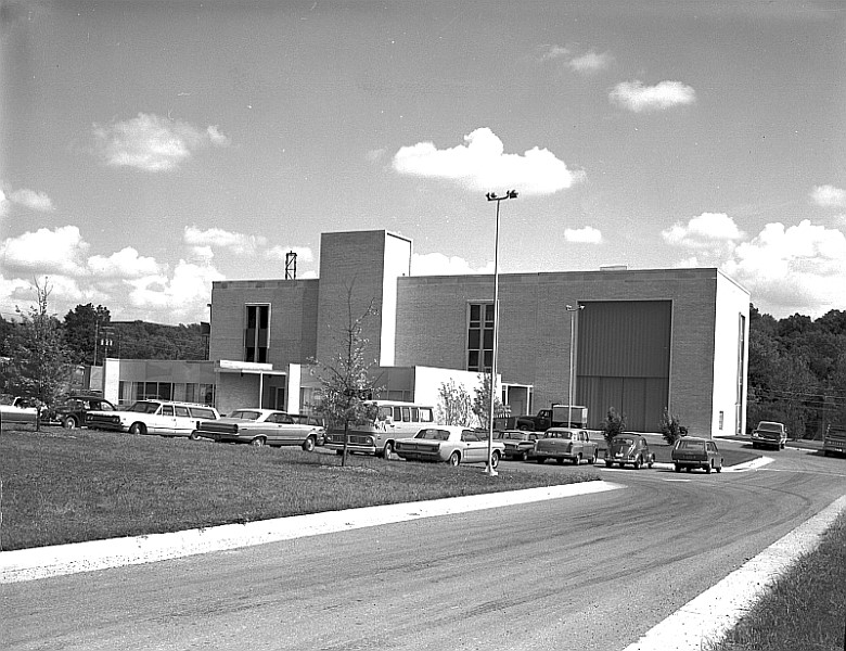 The Space Sciences Research Center's flagship facility, located near the MU Research Reactor, as it appeared soon after construction.