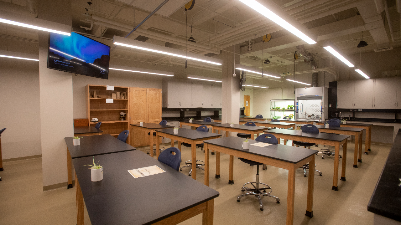 This is a picture of the Kirklin Lab